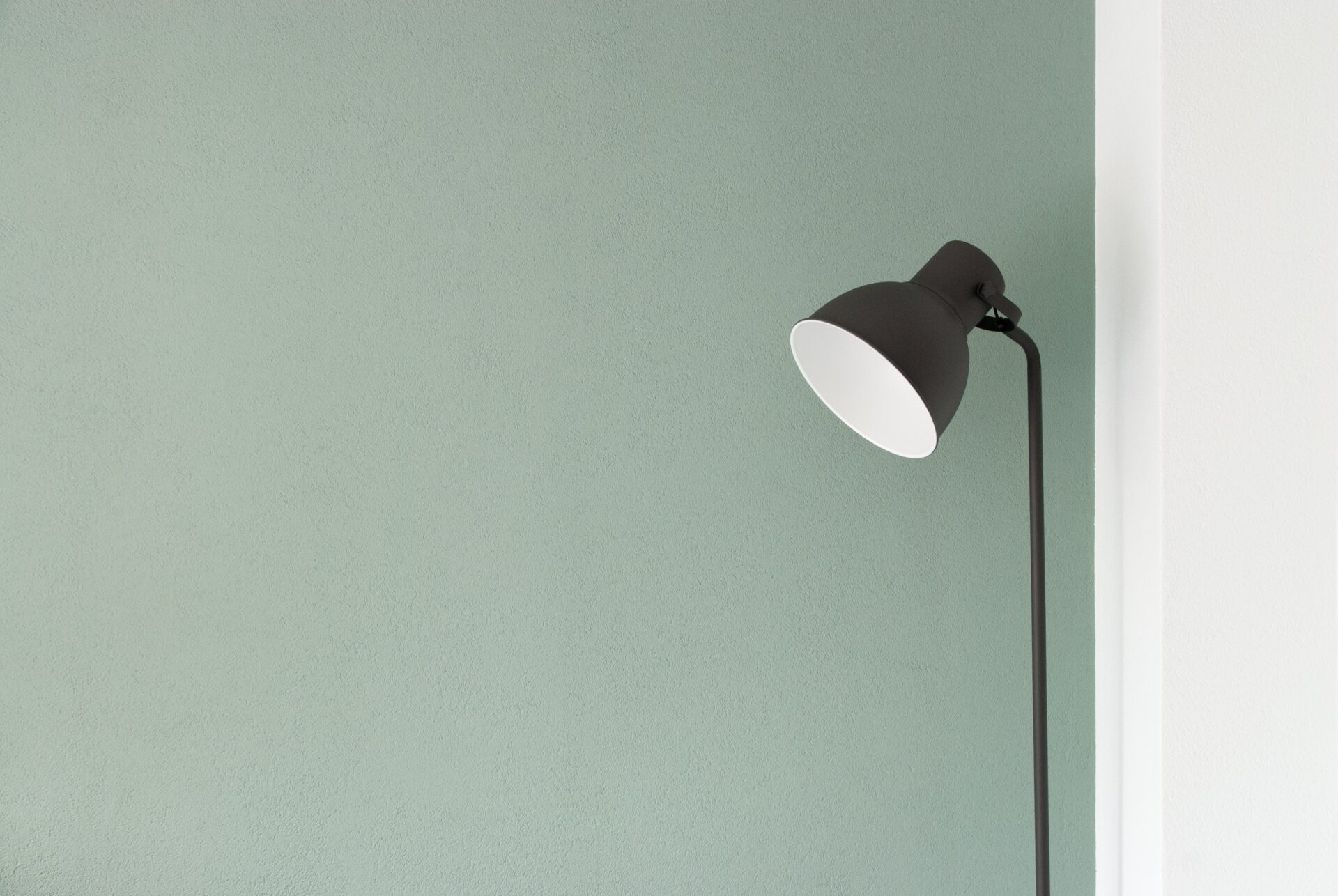 How to Choose Interior Design Paint Colours
