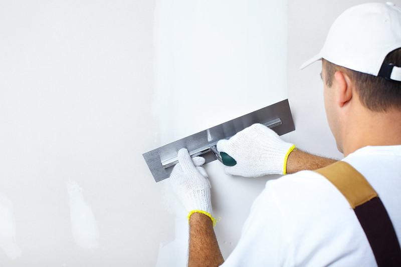 Preparing Plaster for Painting